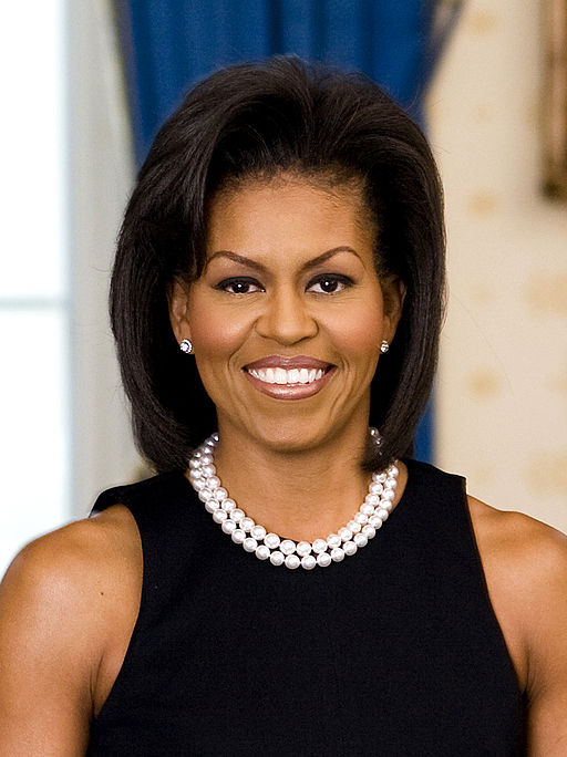 10-Year-Old Girl Surprises Michelle Obama With Her Dad's Resume