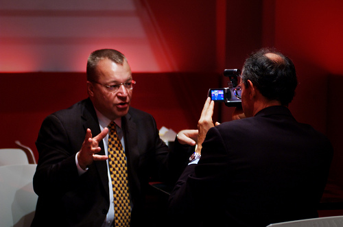 Microsoft EVP Stephen Elop's Layoff Memo: By the Way, You Might Not Have a Job Next Year