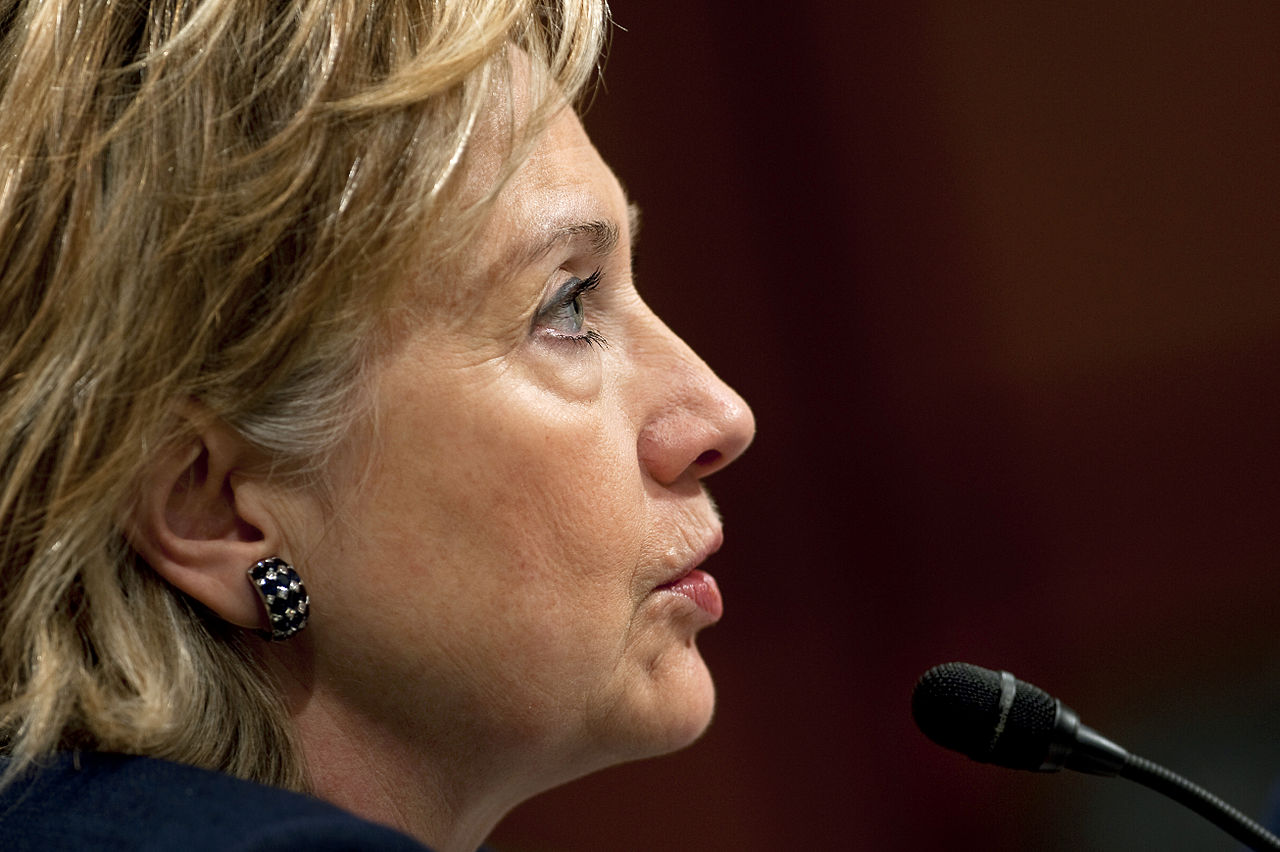 Hillary Clinton Fights Like a Woman for Paid Leave